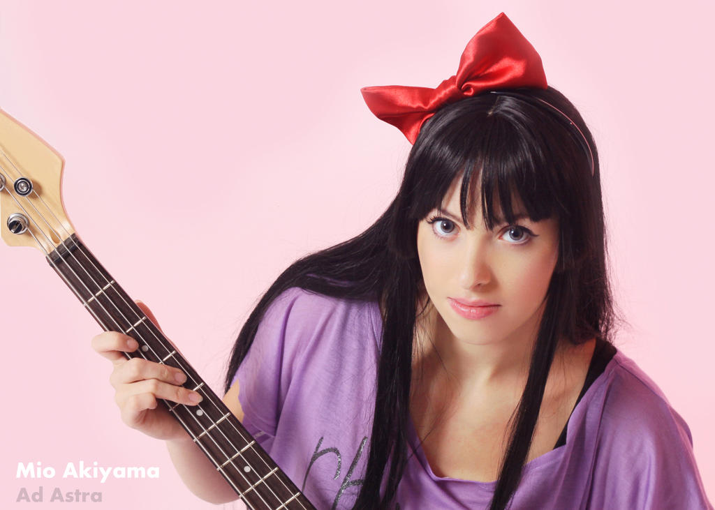 Mio Akiyama cosplay listen 4 by Yana-Mio