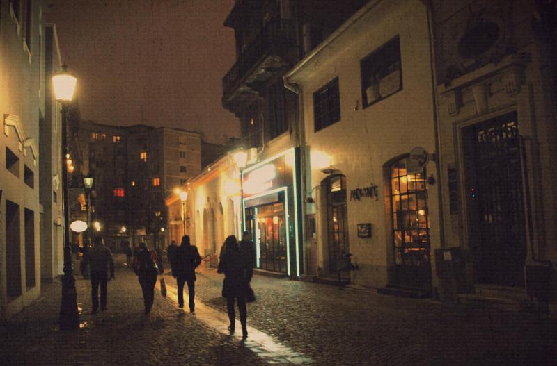 Strangers in the night II by IoaSan