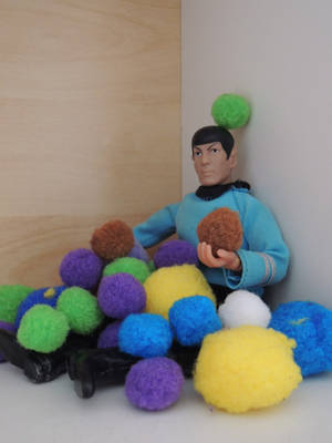 Tribbles are so troublesome [Tiny Spock] by AloiInTheSky