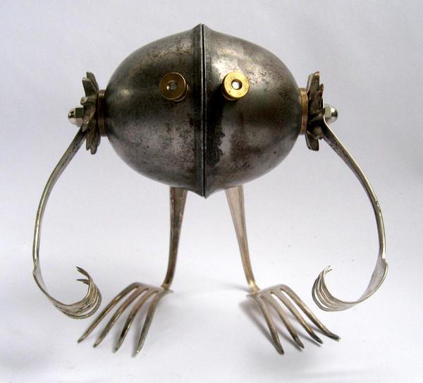 Pitt - Robot Sculpture by adoptabot