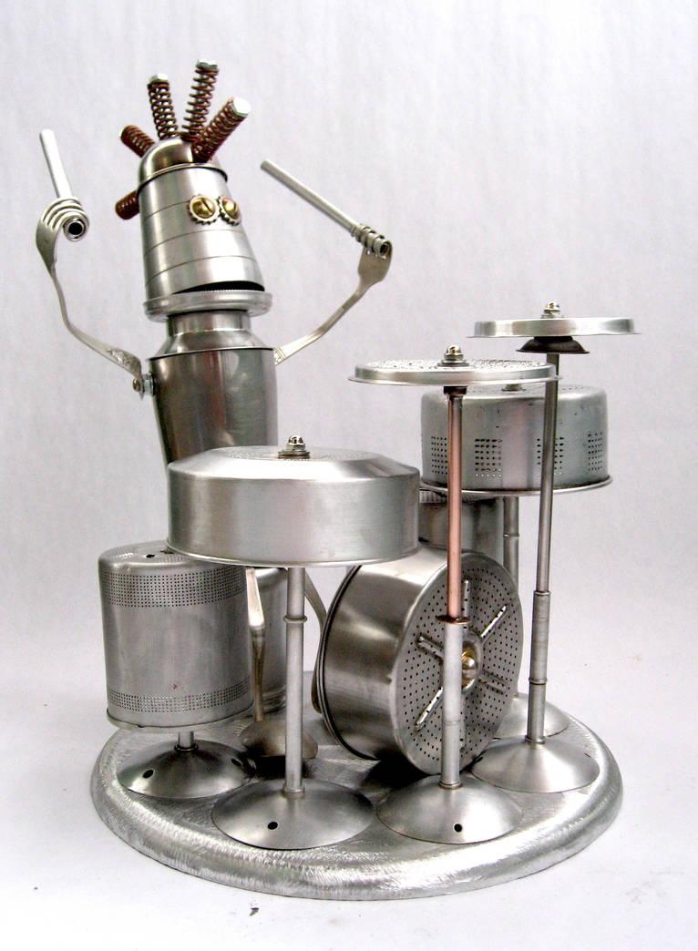 Topper - Robot Drummer by adoptabot