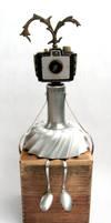 Holi - Robot Sculpture by adoptabot