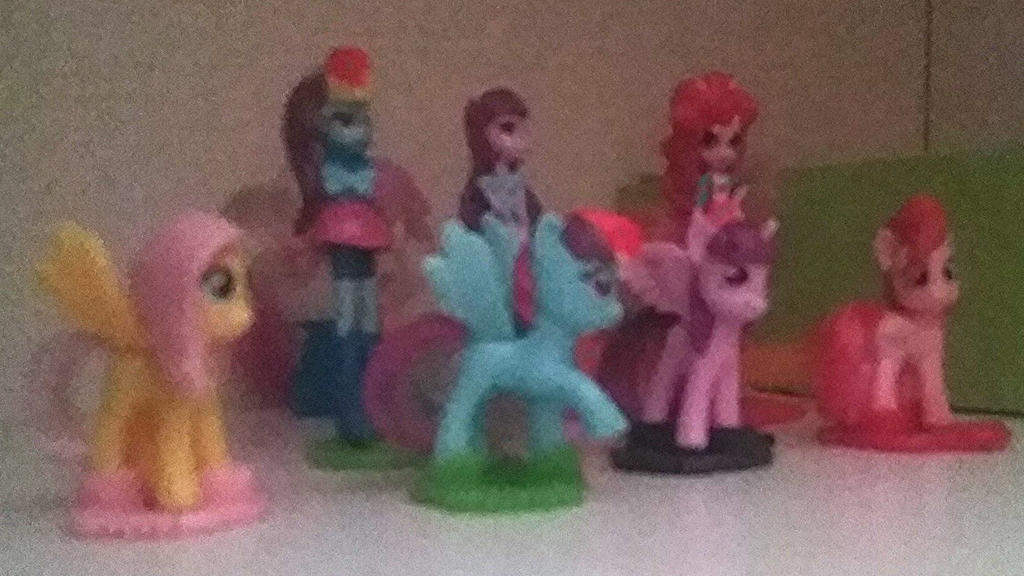 My little Pony and Equestria Girls by Ewxep