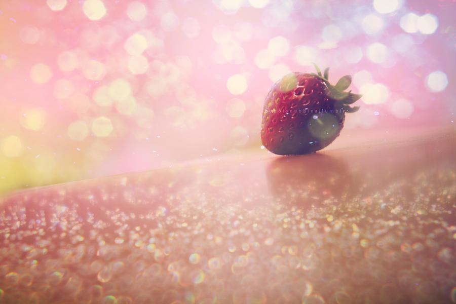 Strawberry by bubblenubbins