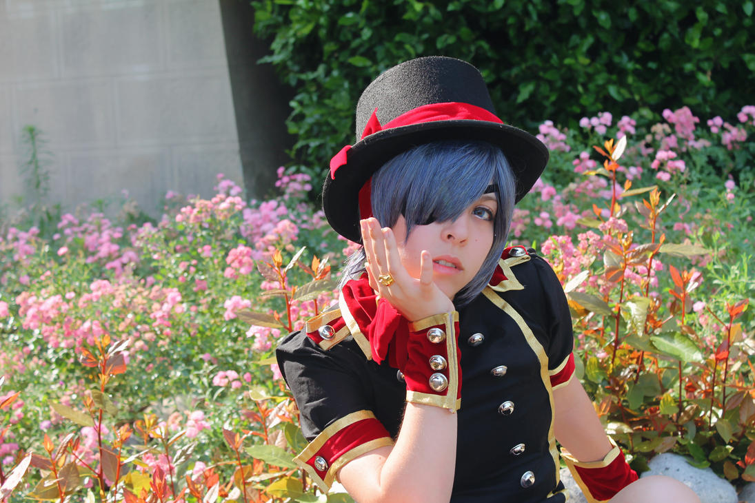Black Butler - Sweet Home by AriB-Rabbit