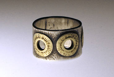 rivet ring by Ren-sama