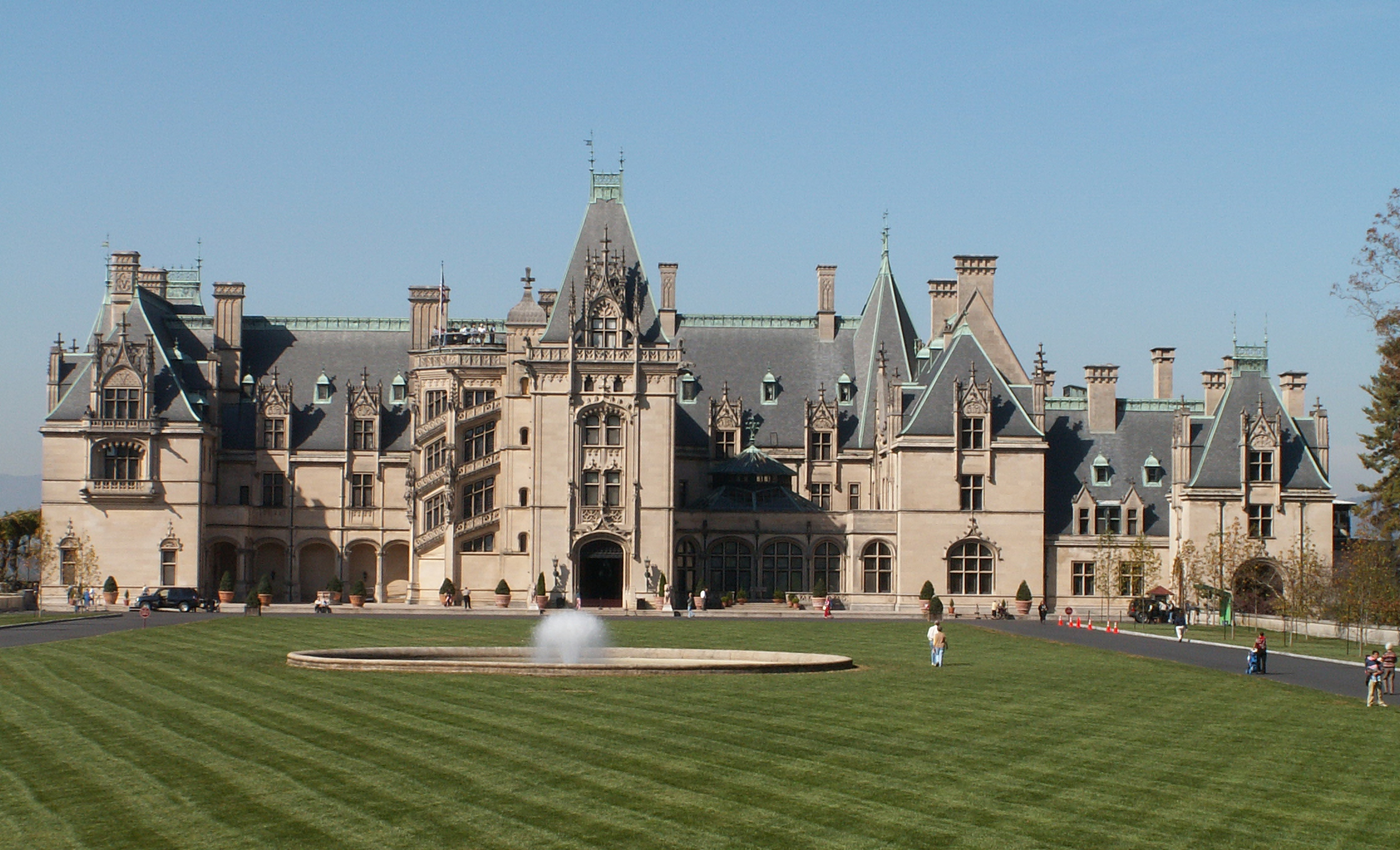 June 2010 lady of the wilderness for Is biltmore estate haunted