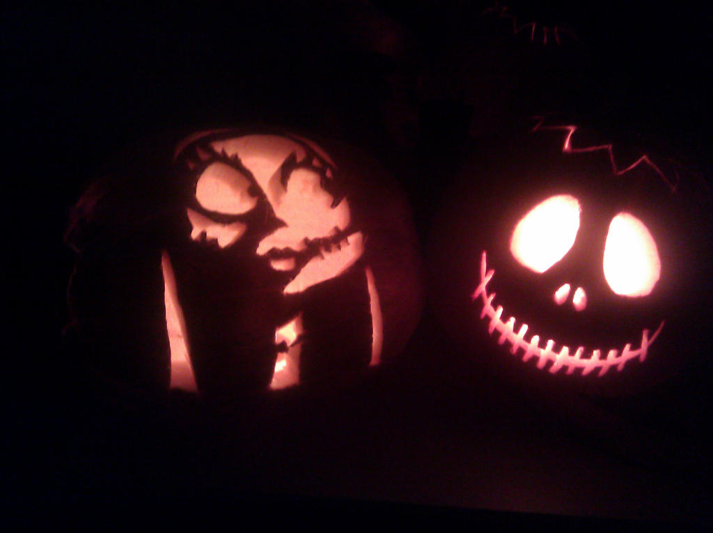 Sally and Jack Skellington Pumpkins by saskura4ever