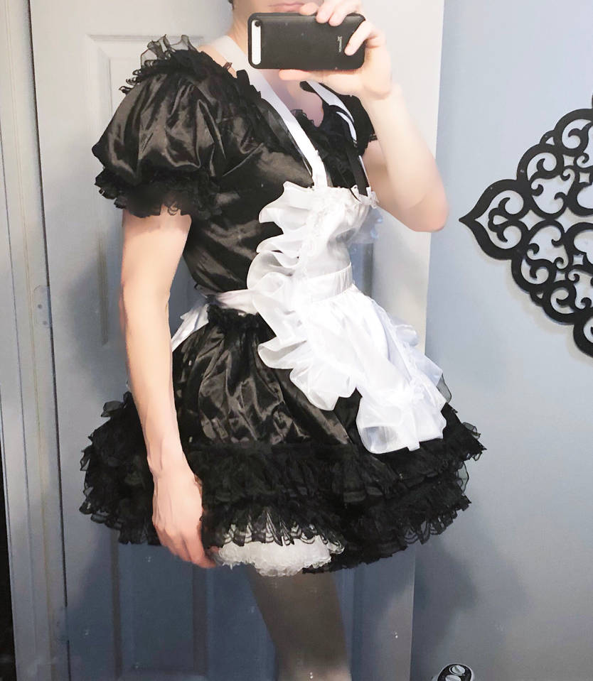 Sissy Maid Ready To Submit by CleverSissy