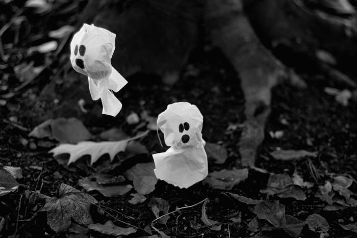 Spooky little things by thedaydreaminggirl