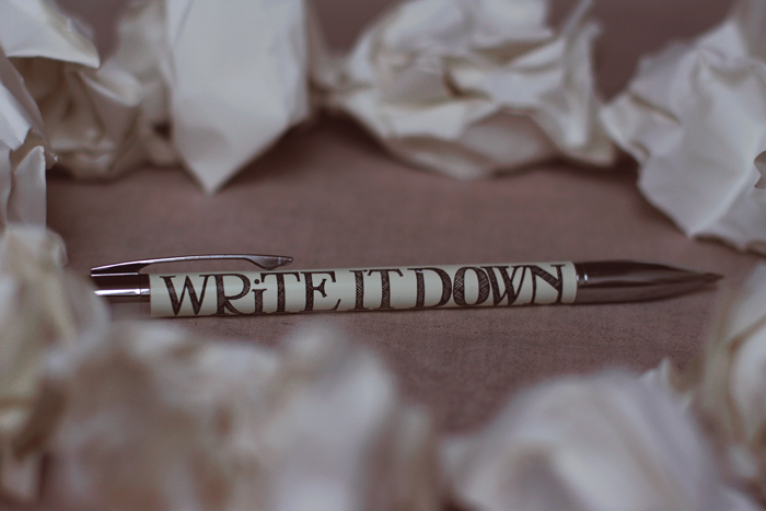 Write it down by thedaydreaminggirl
