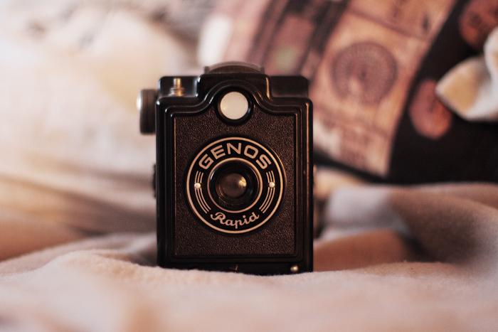 Capture Memories by thedaydreaminggirl
