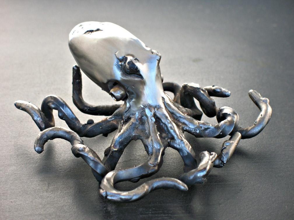 Little Octopus 2 by ou8nrtist2