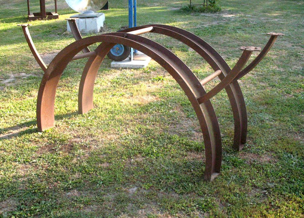 Arch Desk by ou8nrtist2
