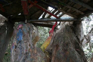 Graffiti Tree House by LAWritersLab