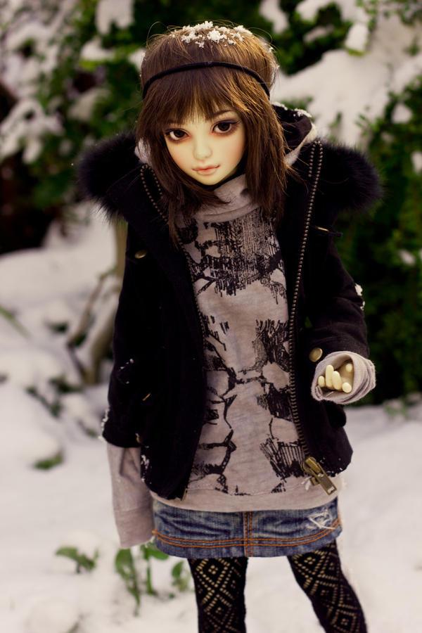 Snow day by KarenBJD