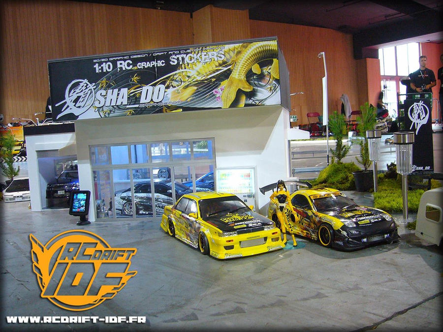 Pour prendre exemple STAND_RCDRIFT_IDF_FR_MM_O06_by_HypnotiKDSIgns
