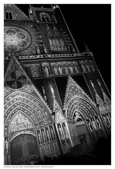 Lyon_Illuminations_2008___6_by_Corv3n.jpg