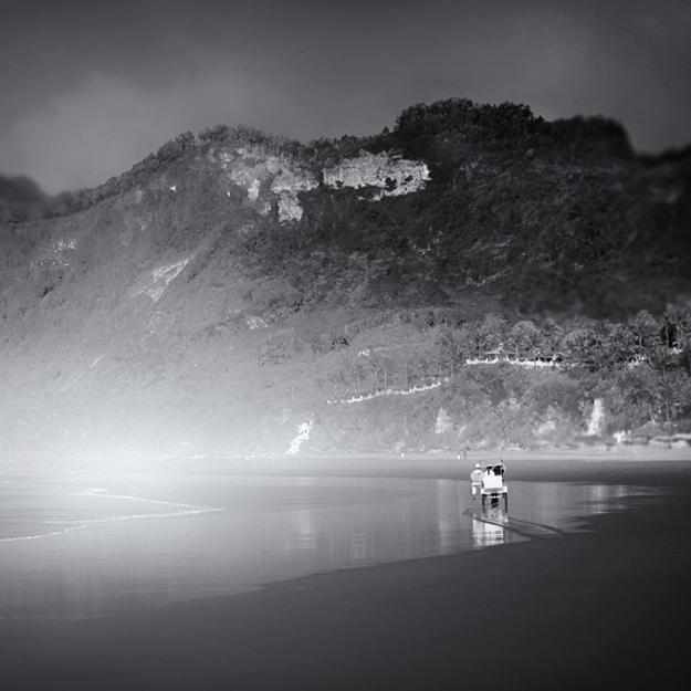 into the mist by Hengki24