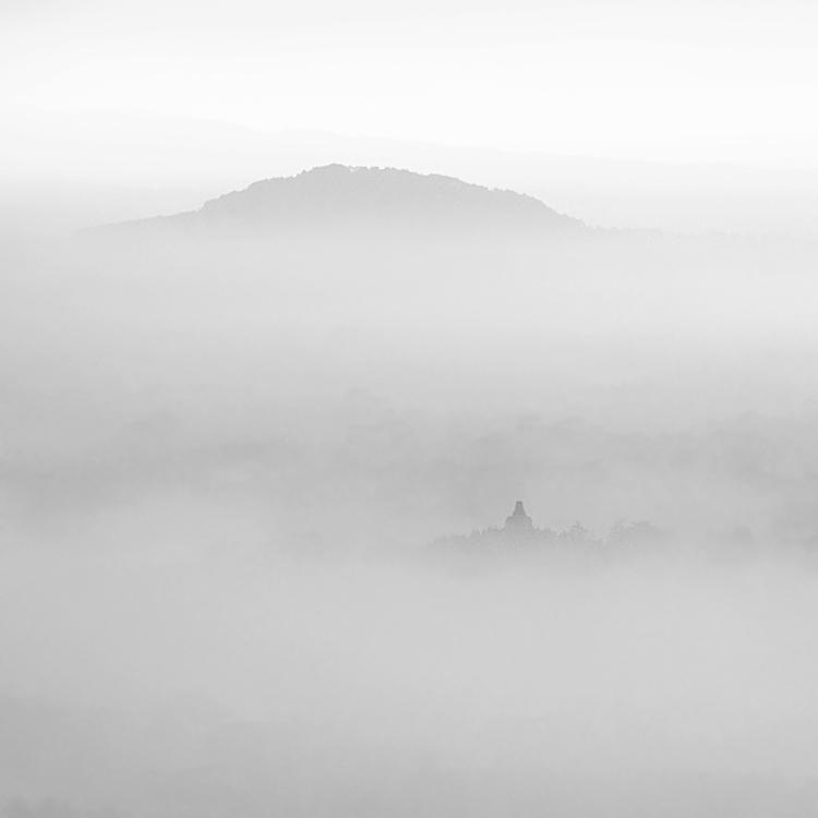 mist 113 by Hengki24