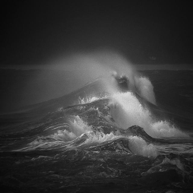 Ocean Sprays by Hengki24