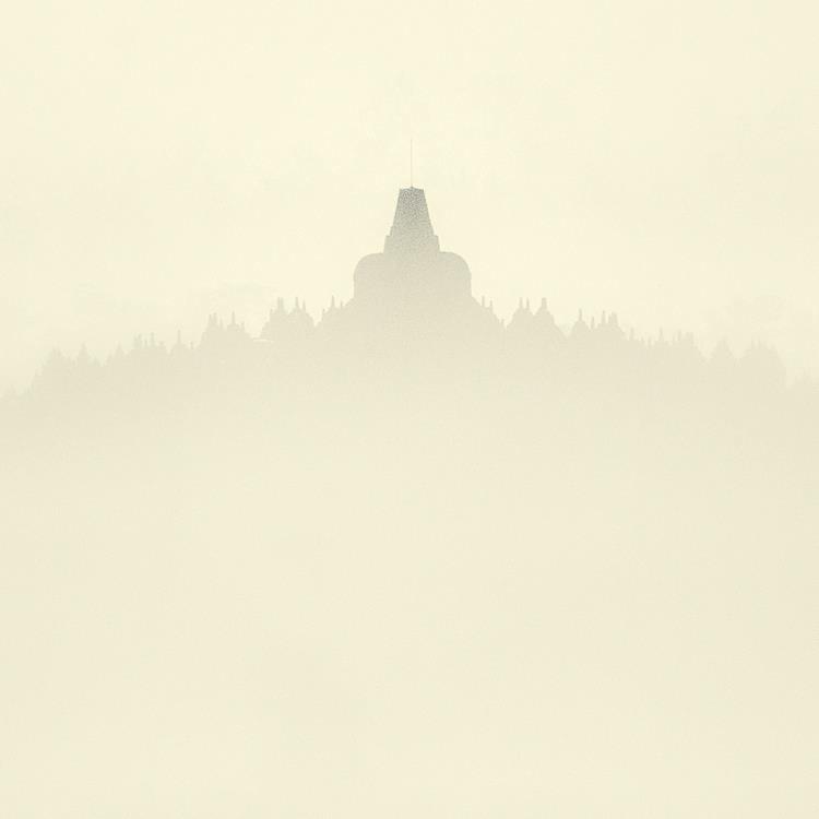 Thin Air - Borobudur by Hengki24
