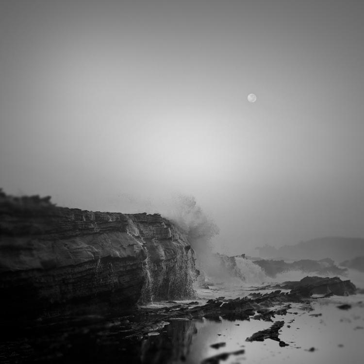 Moon Over Taraje by Hengki24