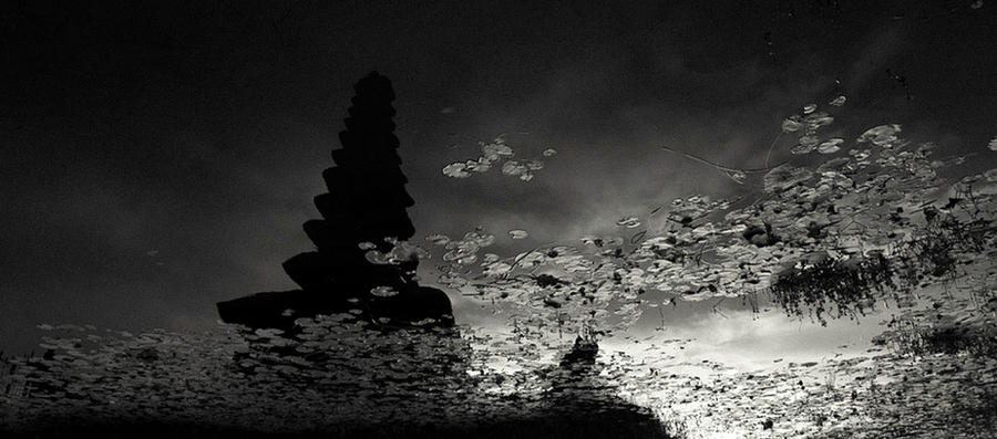 Reflection by Hengki24