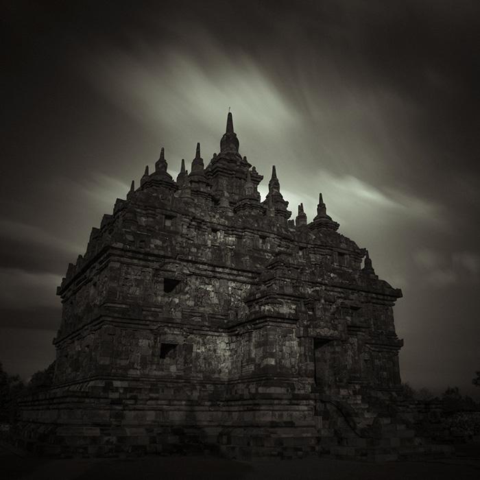 Plaosan Temple by Hengki24