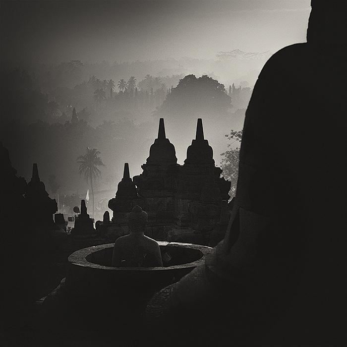 Stupa - Borobudur Temple by Hengki24