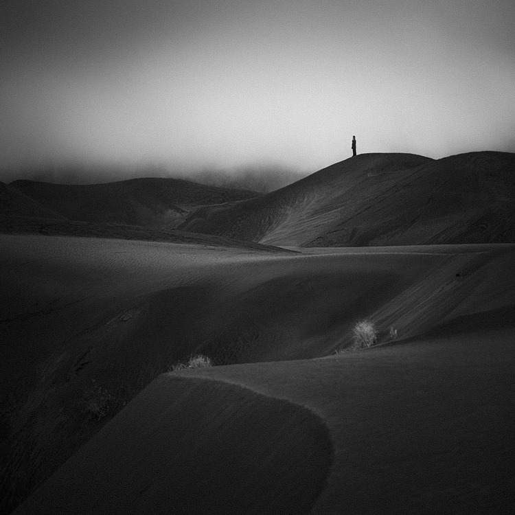 Black Dunes by Hengki24
