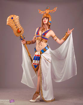 Hatchepsout from Civilization Online cosplay