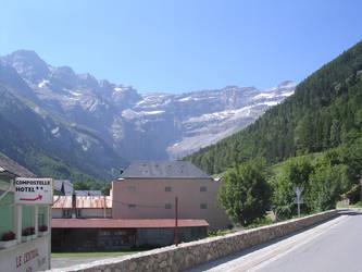 Pyrenees by chikinNrice