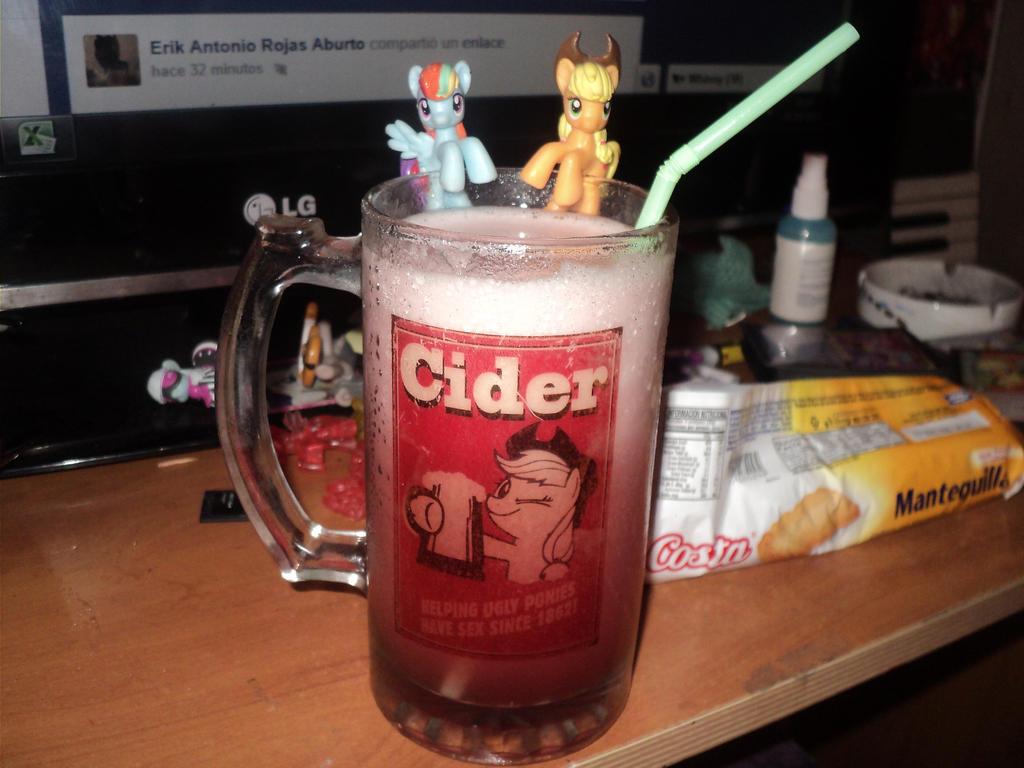 Shopero CIDER Applejack by TotoroXVI