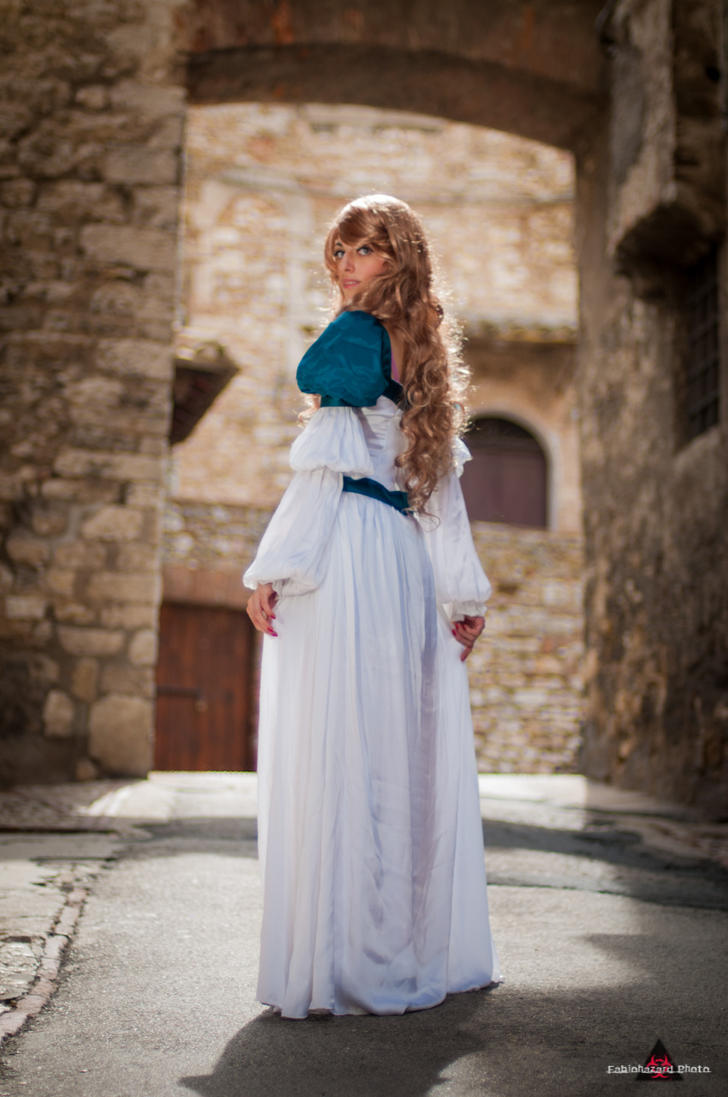 Look.... by Princess-ValeChan