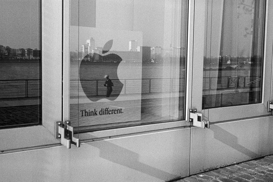 think different by icarus-ica
