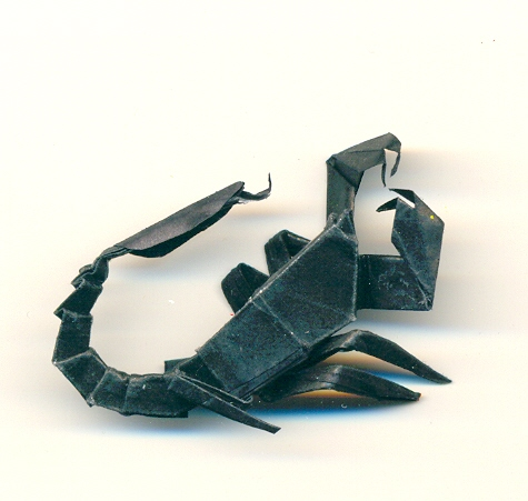 Origami Scorpion by PitushaZee