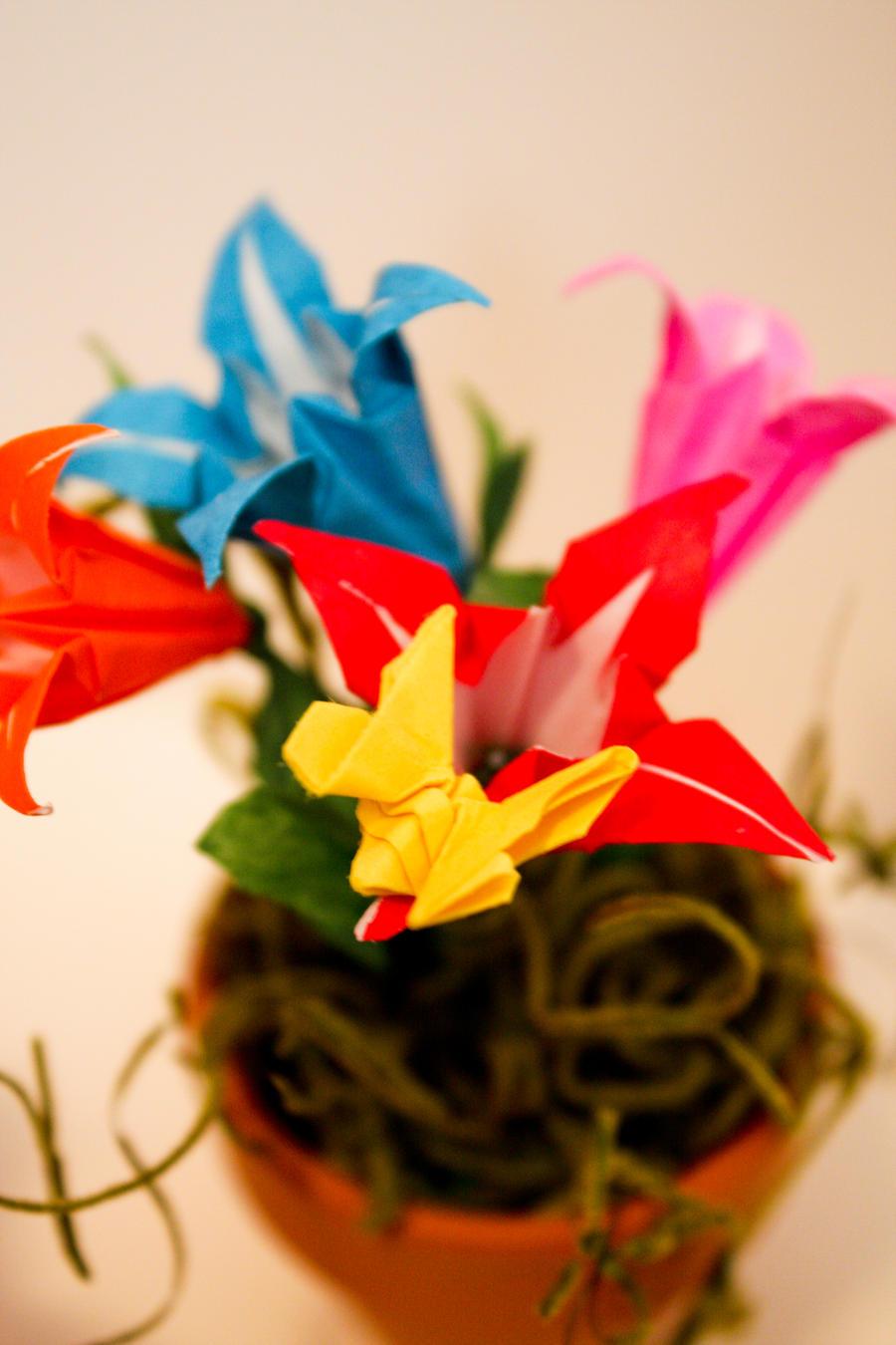 flower pot origami by distantvisions on deviantart. Black Bedroom Furniture Sets. Home Design Ideas