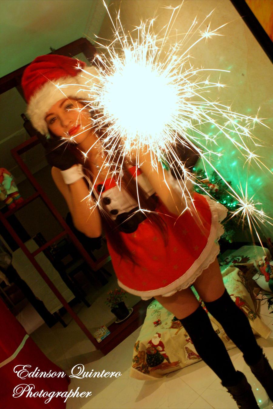 Merry christmas !!! by laurakyonlee