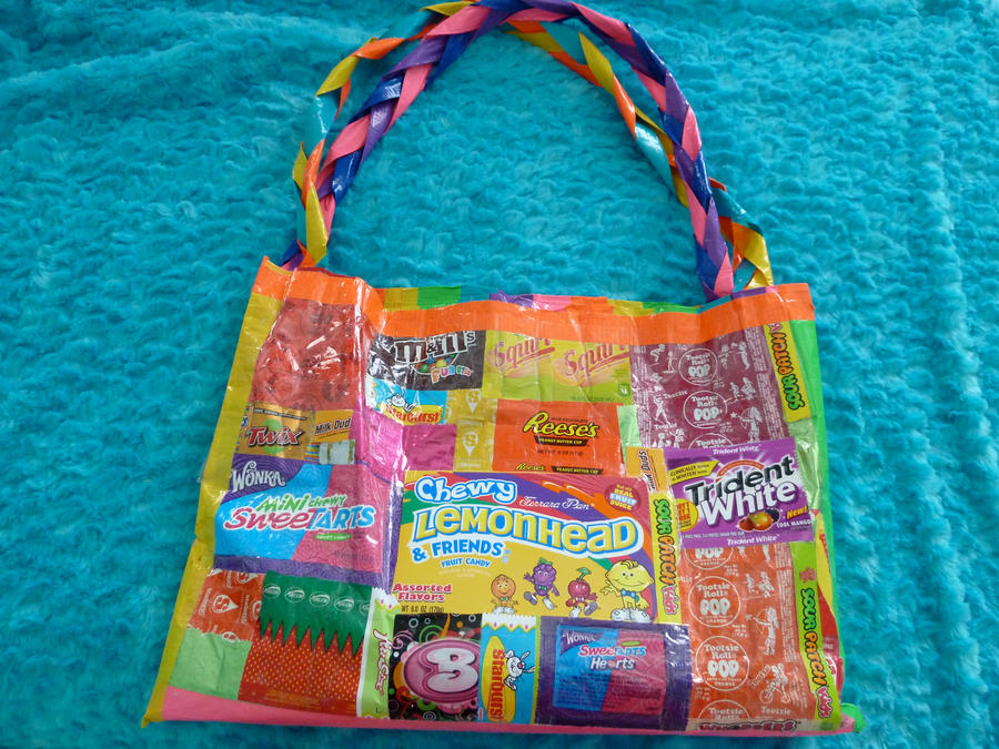 Learn how to make candy bouquets – Candy Bouquet Designs books. Start Candy Bouquet and Gift Basket Business or Do it for a hobby! Find this Pin and more on candy crafts by Vintage Umbrella. It would be a perfect movie themed gift basket.