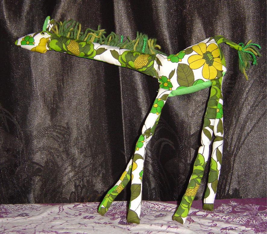 Giraffe by Kanasaurs