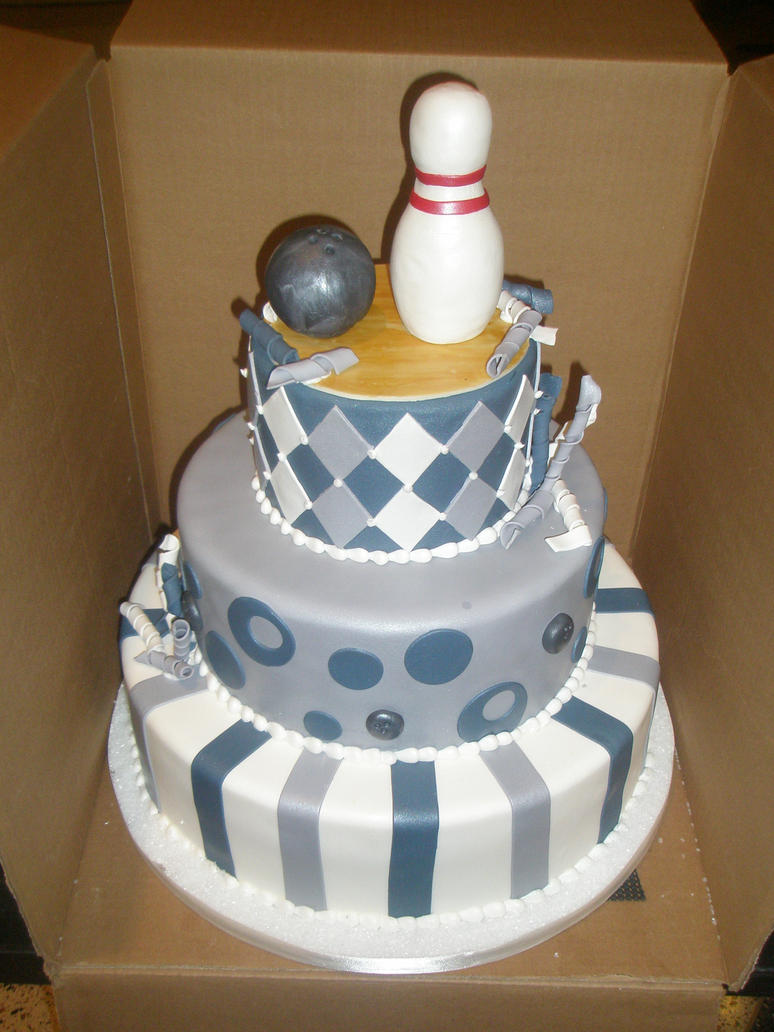 Bowling themed cake by ninny85310