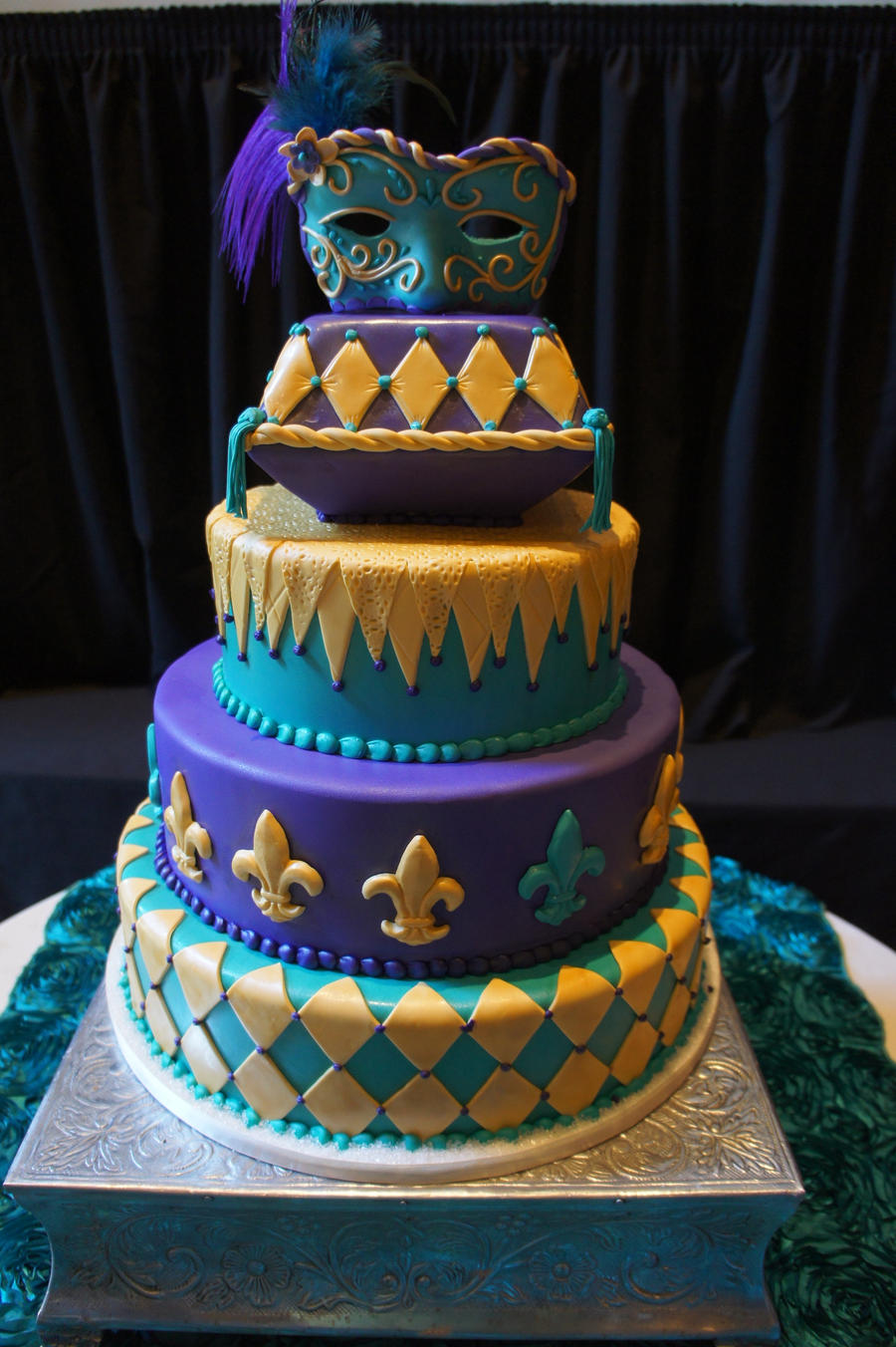 masquerade cake by ninny85310