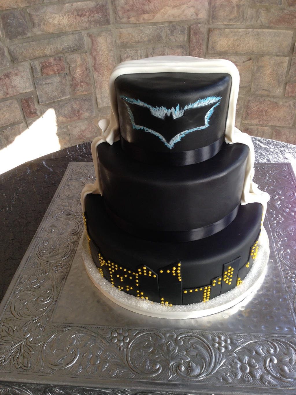 half batman wedding cake by ninny85310 on DeviantArt