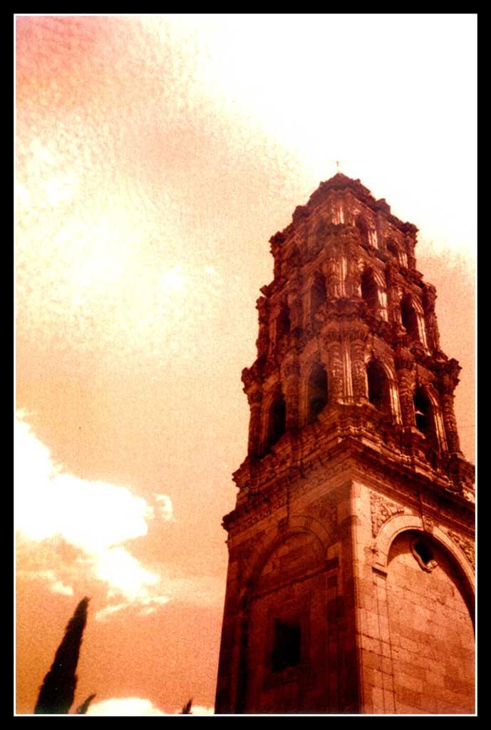 San Luis Potosi Mexico by molksal