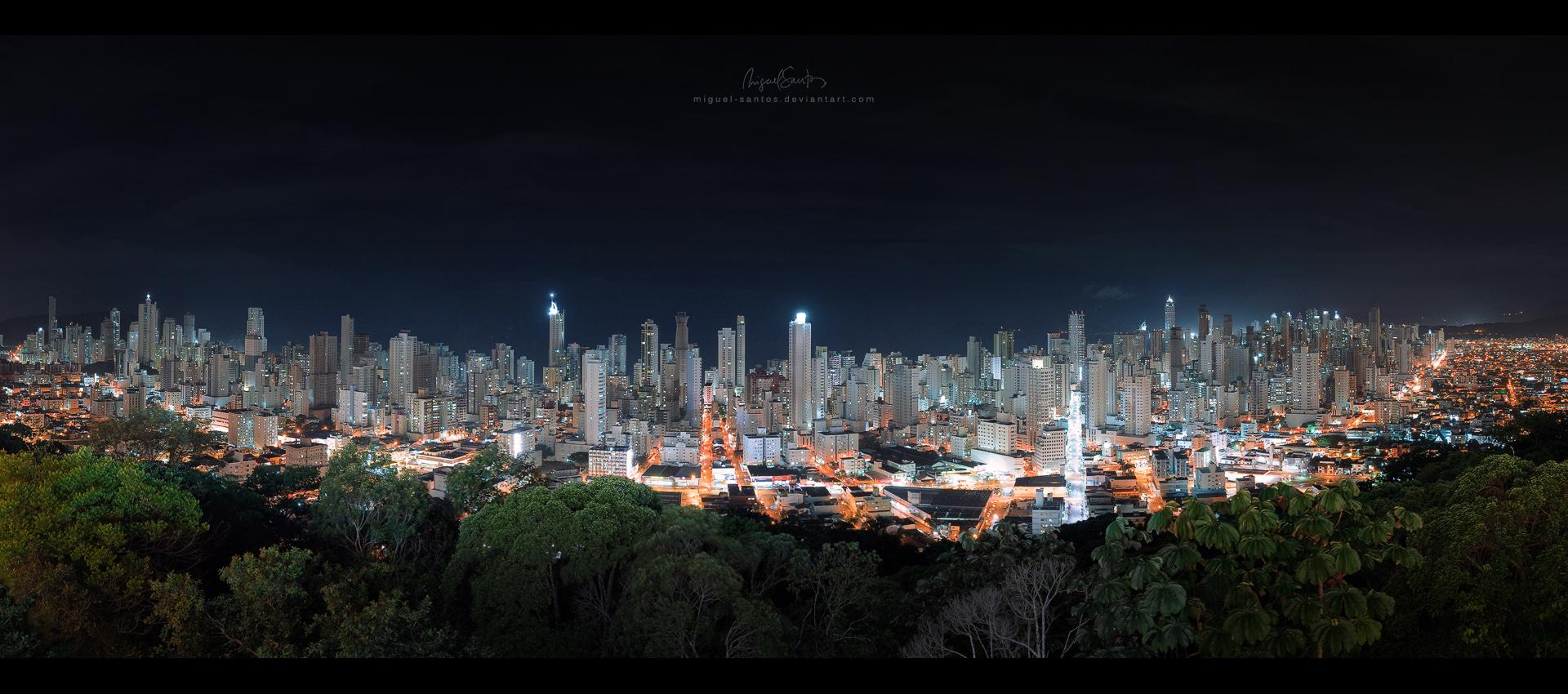 Metropolis by Miguel-Santos