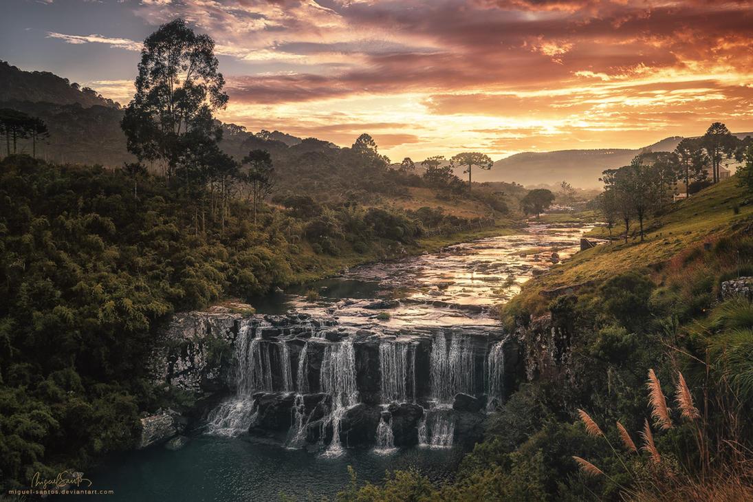 Sunrise Flow by Miguel-Santos