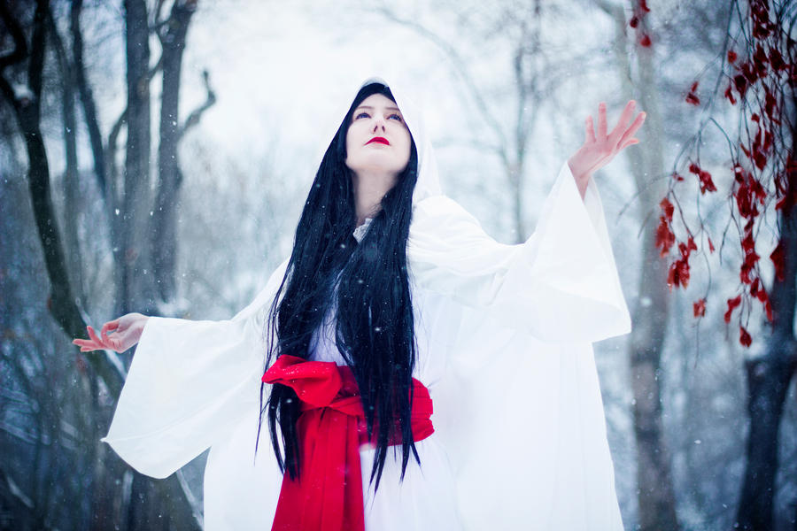 Shirahime Syo: Snow Goddess by yaseminkaraca