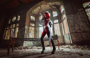 Bloodrayne Cosplay With Blades