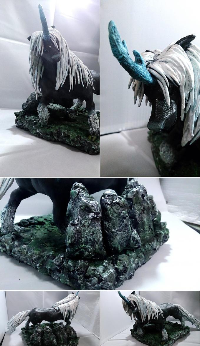 The Twelve Kingdoms -Black Qilin by zoinddog